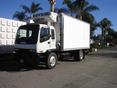 2009 Isuzu FXR 18' REEFER - Unit# 6096 Truck Tractors