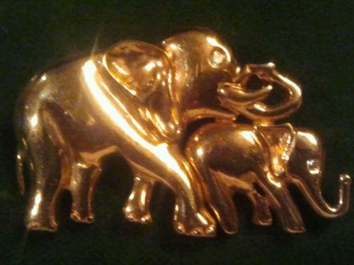 14k gold Elephants 2 Trunks up with Diamond Eyes Brooch 13.3 Grams Stunning .