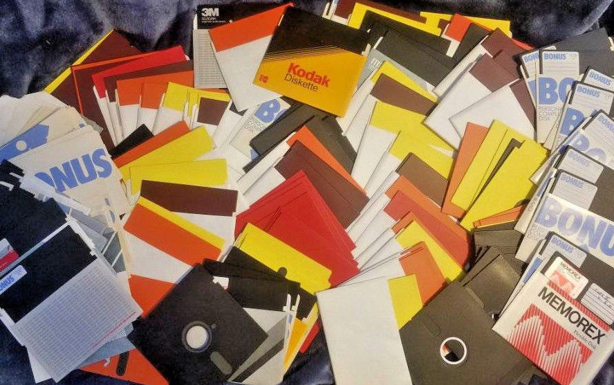 HUGE 150+ FLOPPY DISK LOT: Blank & Computer Software/Video Games from Apple IIe