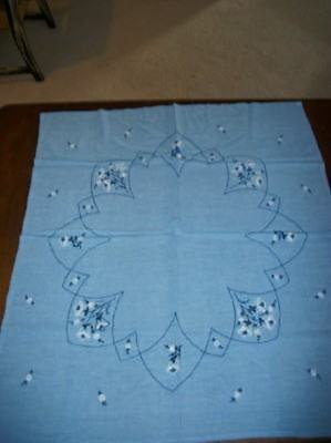 SOFT WASHED LINEN VINTAGE CHIC EMBROIDERED BLUE TABLECLOTH COTTAGE SHABBY