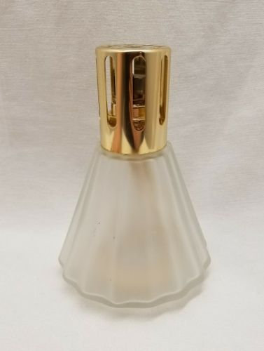 Lampe Berger France Fragrance Lamp Frosted Bell Fluted Ribbed Gold Top Wick