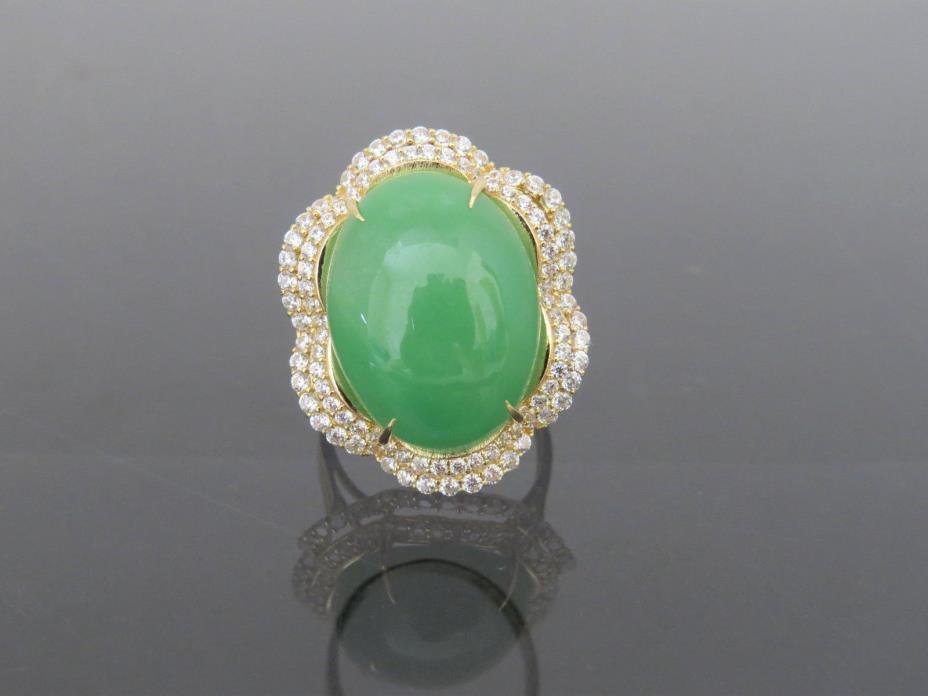 Vintage 18K Solid Gold Natural Green Jadeite Jade & White Topaz Ring Size 8