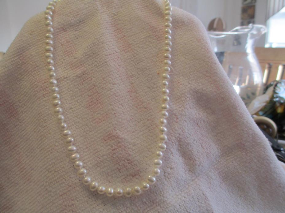 VINTAGE Hand Knotted PEARL NECKLACE WITH 14K  GOLD CATCH marked JOM