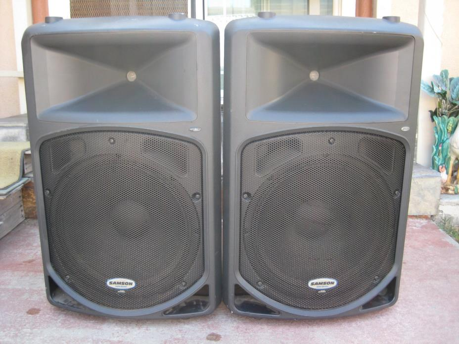 Pair of Samson dB500a Active Monitor Speakers