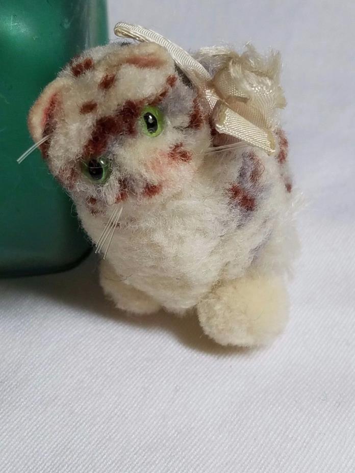 Vintage Woolen Steiff pompom 8cm. woolie cat