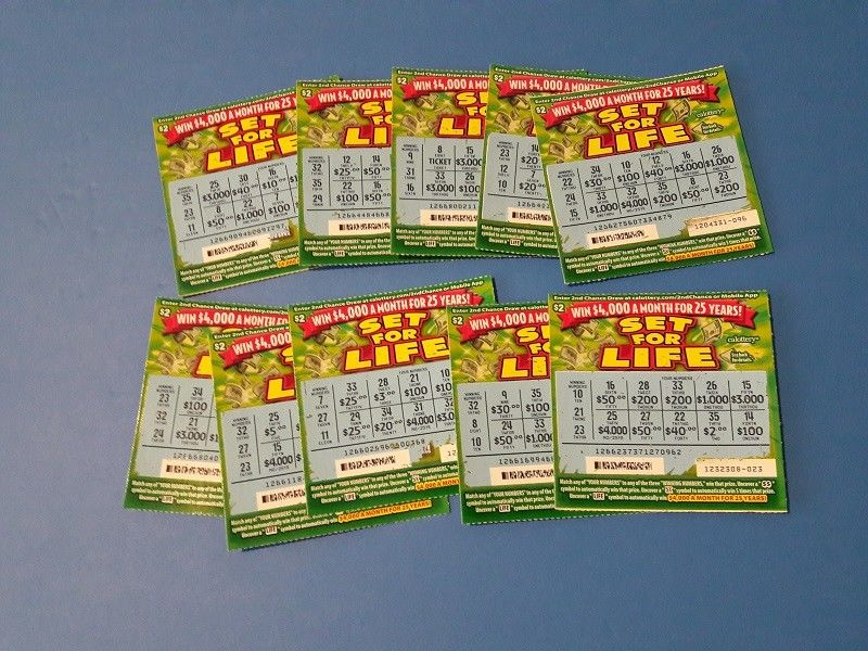 10 - Non-winning Used Lottery Tickets California State 2017 Set For Life
