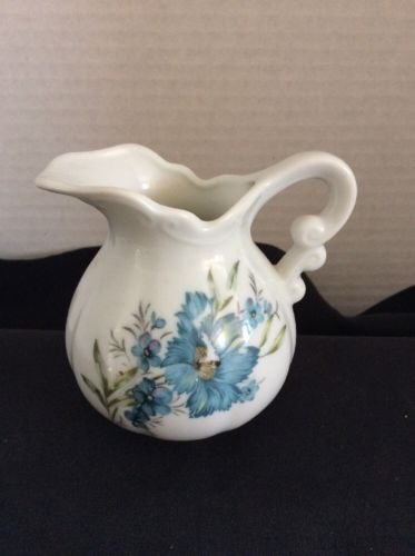 Porcelain Creamer White With Asian Blue Small Florals E-4543