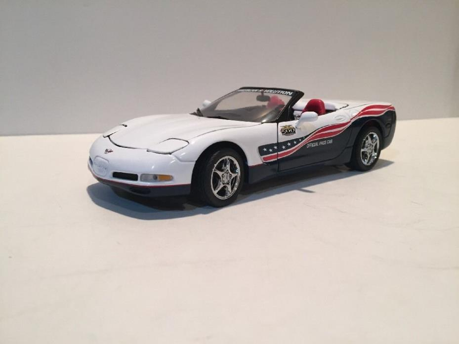 Franklin Mint 2004 Corvette Indy 500 Pace Car (B11E029)