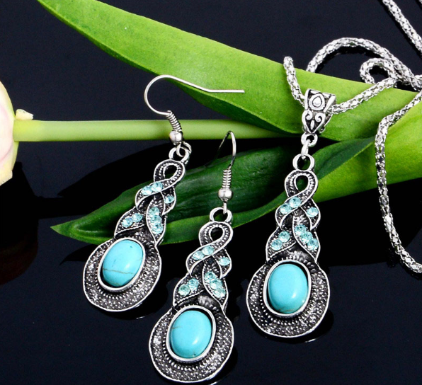 Beautiful Silver Plated Turquoise Crystal Drop Jewellery Set