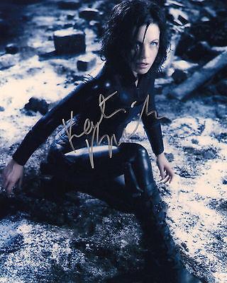 ** * UNDERWORLD * ** KATE BECKINSALE Autographed Glossy 8x10 RP-