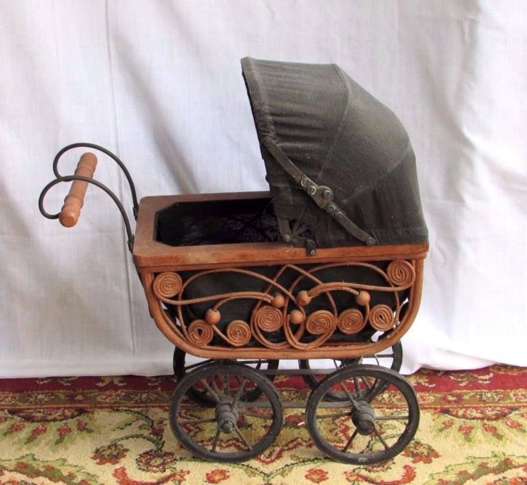 Antique Victorian Wicker Rattan Baby Doll Carriage Buggy Pram 17