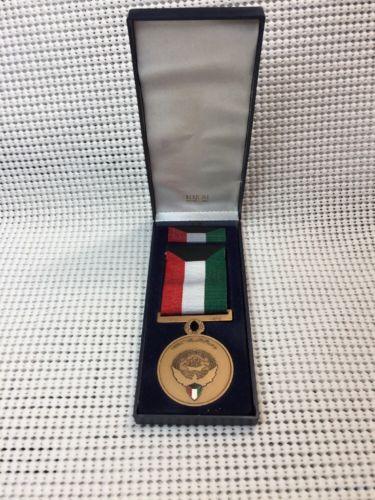 US Military Issue 1991 Kuwait Liberation Medal KLM-Kuwait Bertoni Milano Italy