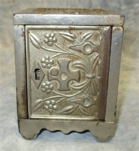 Pat 1897 Key Lock Safe No 50 J&E Stevens Cromwell Conn Arcade Toy Bank Vintage d