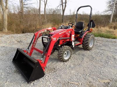 2015 Mahindra Max 26XL Tractor W/ Mahindra Skid Steer Quick Attach Loader, 4X4