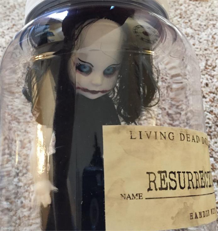 MEZCO LIVING DEAD DOLLS SPECIMEN JAR - Resurrection Dahlia