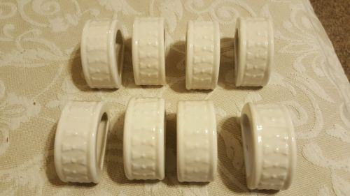 Set of 8 White Porcelain Napkins Bowtie Pattern