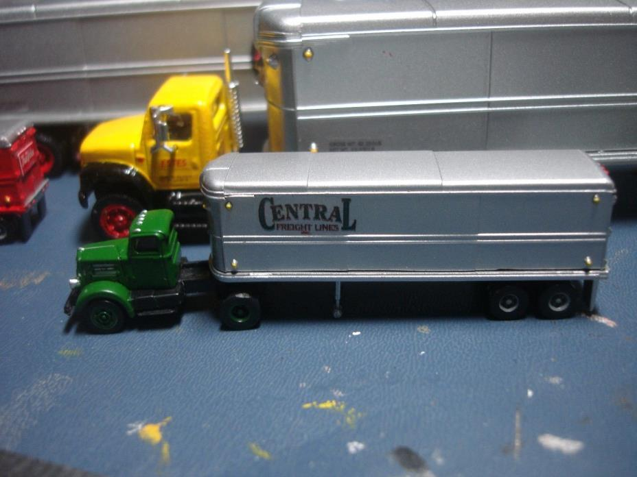 RARE- N SCALE - CENTRAL FREIGHT -CMW - WHITE WC-22 TRACTOR & 32' TRAILER