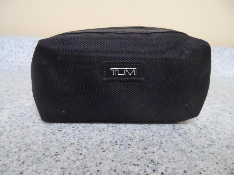 Tumi for Delta Travel Nylon Toiletry Bag Pouch Black w/Silver Tumi Logo Bag Only