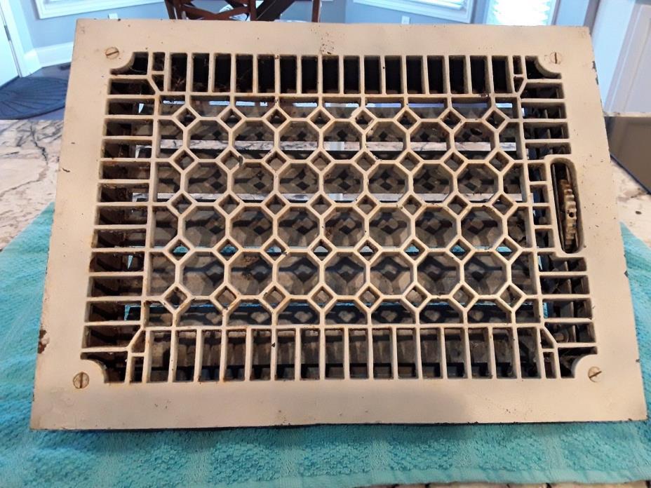 Antique Cast Iron Heat Grate/Vent Register Honeycomb Pattern