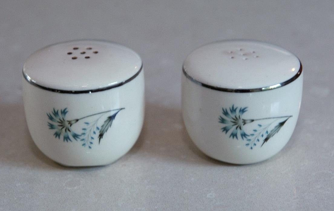 Taylor Smith & Taylor Mid Century Tableware Bachelor Button Salt Pepper Shaker