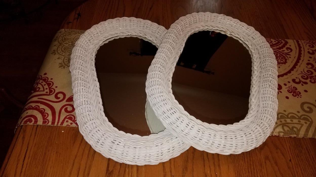 Pretty Vintage White Wicker SHABBY CHIC/Cottage Oval Wall Mirror~18