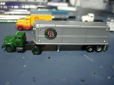 RARE-N SCALE - OLD DOMINION - CMW - IH R-190 TRACTOR & 32' TRAILER