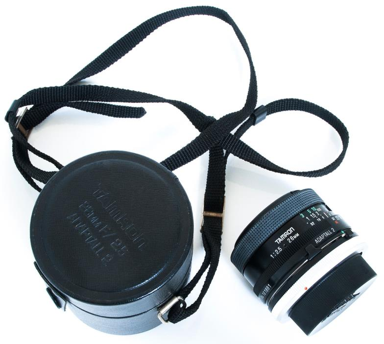 TAMRON ADAPTALL 2 MOUNT 28mm f/2.5 WIDE-ANGLE PRIME LENS & CANON FD ADAPTER