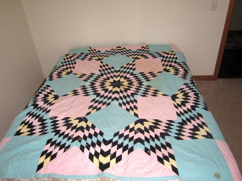 Vintage Hand Made Quilt  Star Pattern
