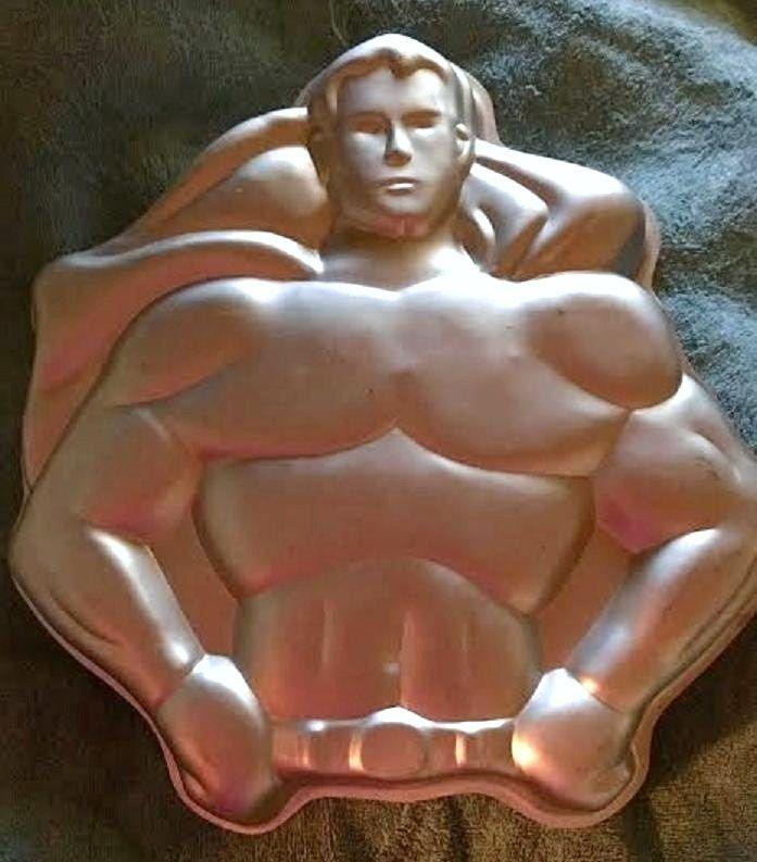 Wilton SUPERMAN Cake Pan Vintage