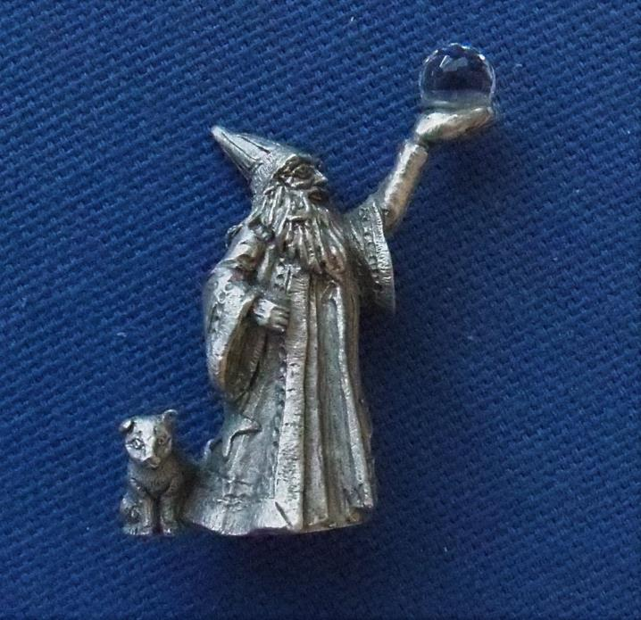 1983 Vintage Pewter WIZARD w/ Cat & Crystal ball 1.5