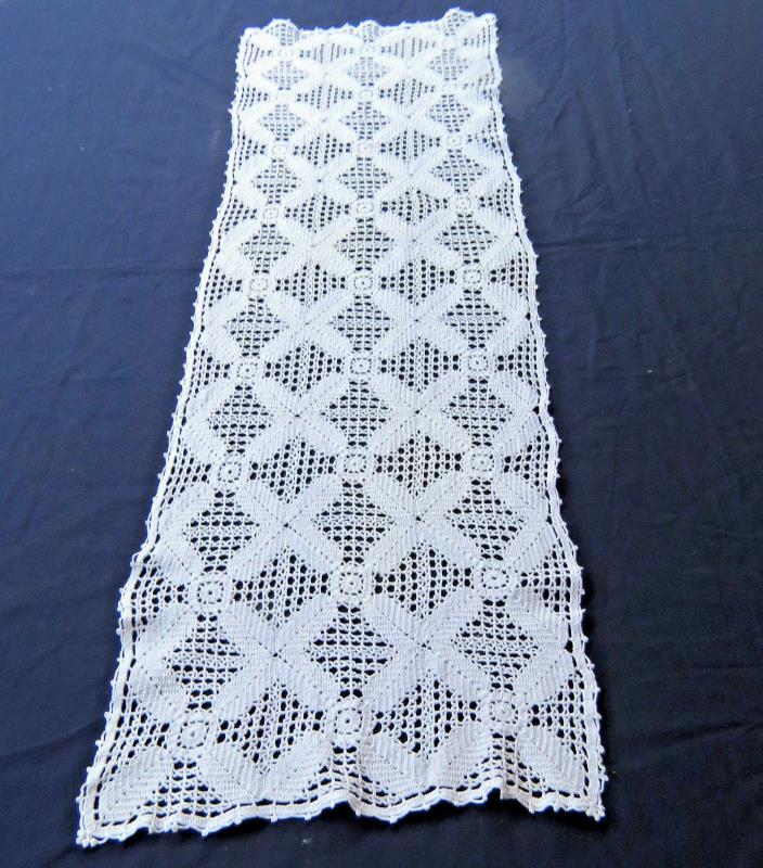 Vintage Cotton Crochet Lace Table Runner Dresser Scarf 12x40 White