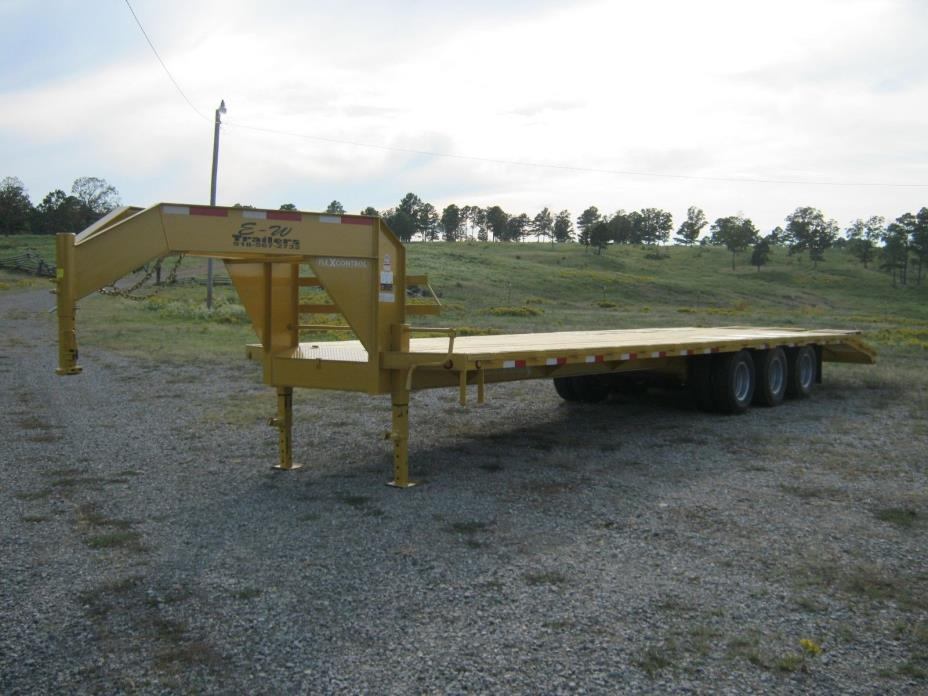 NEW '18 GOOSENECK OR PINTLE EQUIPMENT TRAILER 34' TRIPLE WITH DUALS