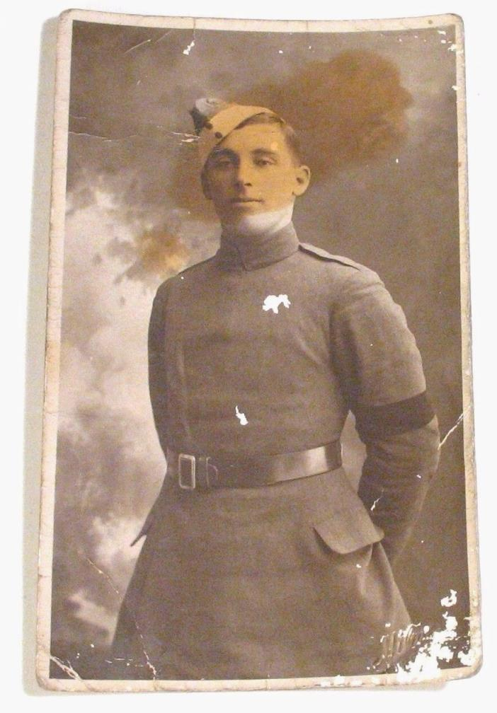 OLD 1918 WWI CANADA MILITARY SOLDIER CANADIAN POSTCARD PHOTO WORLD WAR ONE I 1