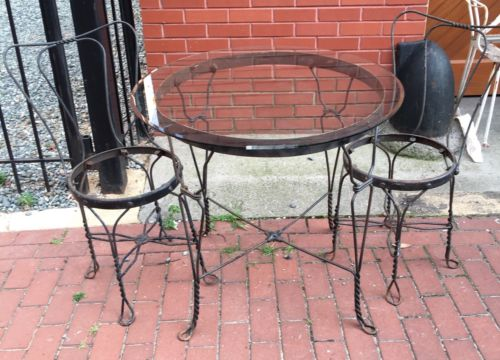 Vintage Ice Cream Parlor Bistro Set Table 2 Chairs Twisted Metal As Pictured