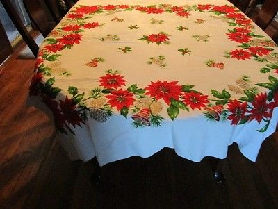 BEAUTIFUL Vtg RED POINSETTIAS Christmas Tablelcoth Poinsettia Holly Red Candles