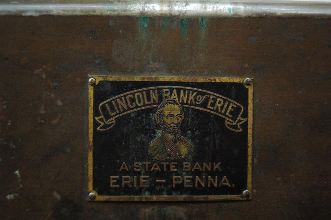 Antique LINCOLN BANK of ERIE a STATE BANK ERIE-PENNA.Metal Paper/Money Box