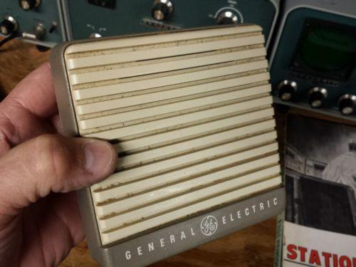 Vintage General Electric CB HAM Two-Way Radio Speaker, PLI9C320302G Gray CLEAN
