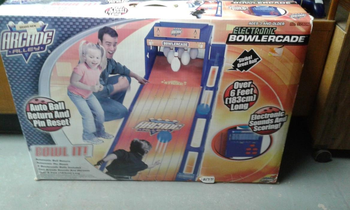 Arcade Alley Electronic Bowlercade Bowling Game brand new 068