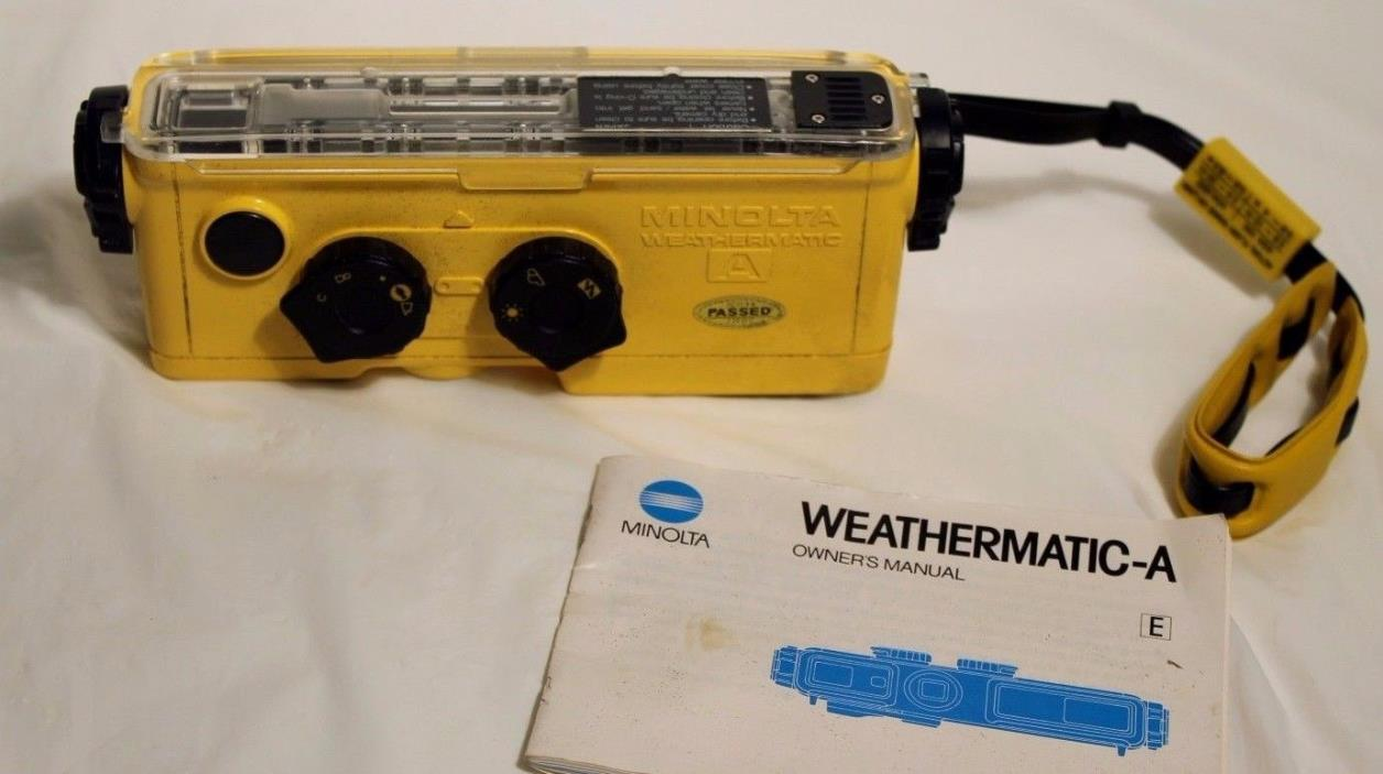 Vintage MINOLTA Weathermatic A Underwater 110 Film Camera with Flash yellow