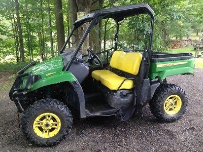 2015 John Deere XUV 550 GREEN ATV's & Gators