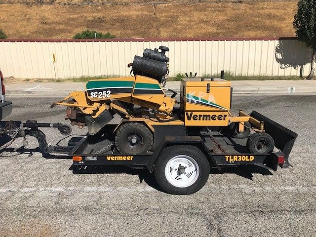 VERMEER SC-252 STUMP CUTTER RUBBER TIRED SELF PROPELLED STUMP GRINDER EX CITY