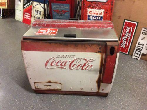 1950's COCA COLA / COKE Cavalier Drink Box Cooler