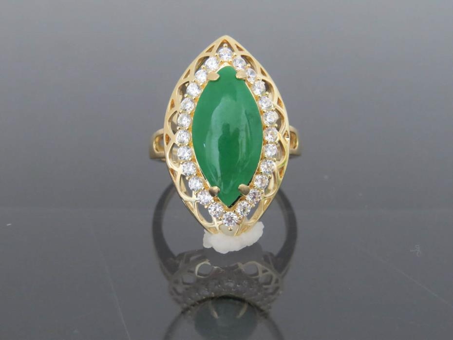 Vintage 18K Solid YG Natural Green Jadeite Jade & White Topaz Ring Sz 7.25