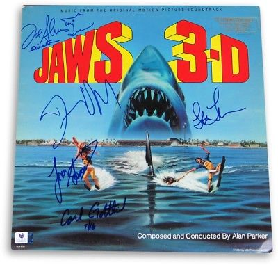 Jaws 3D Cast Autographed Album Cover Quaid/Gossett Jr/Thompson/Alves/+ GV862552
