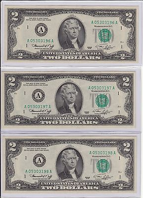 LOT OF 5 UNCIRCULATED 1976 TWO DOLLAR BILLS WITH CONSECUTIVE SERIAL NUMBERS