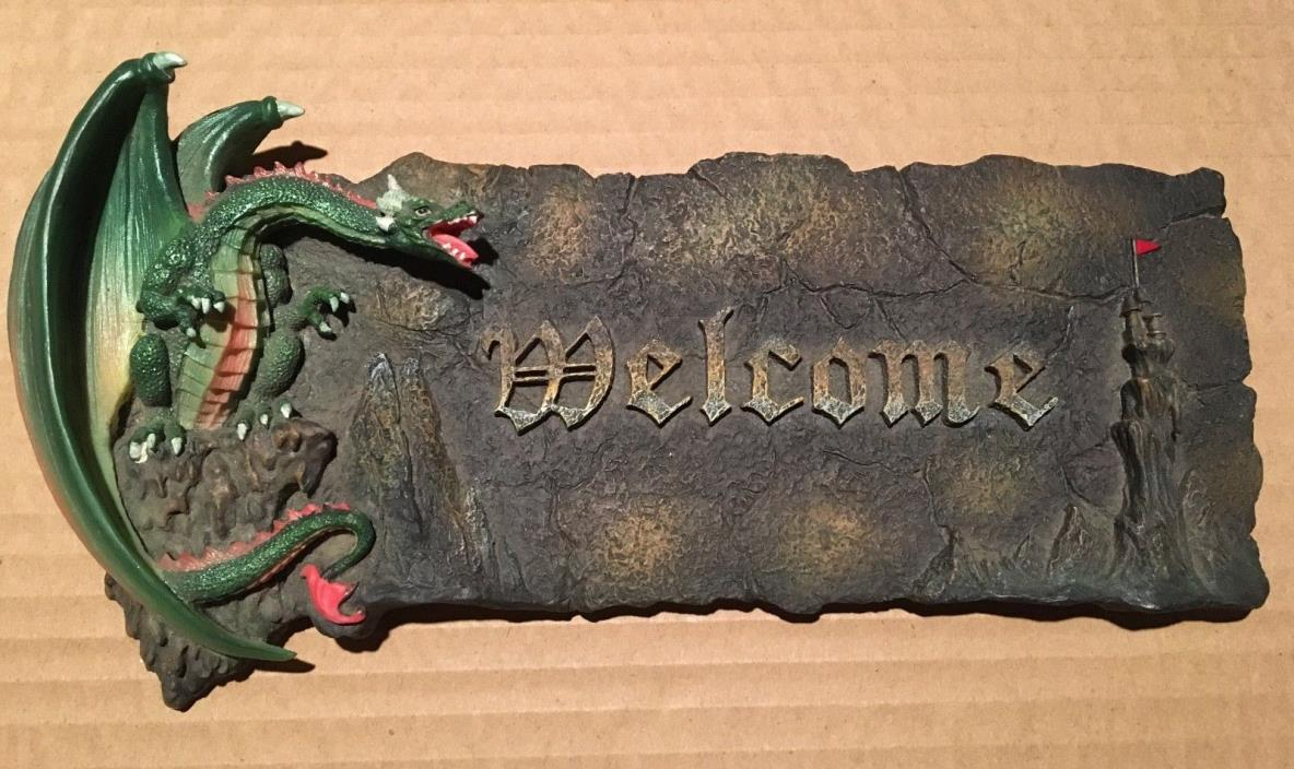 Dragon Welcome Sign - Wall Hanging - Plaque - Decoration
