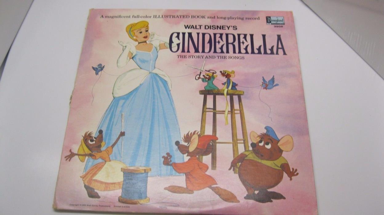 Vintage 1969 Walt Disney's Cinderella Vinyl LP Record with Book # 3908