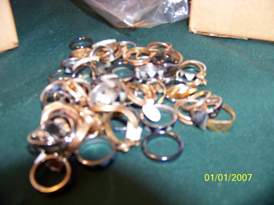 WHOLE SALE LOT 11 J118  51 RING S ASSORTED SIZES &STYLES