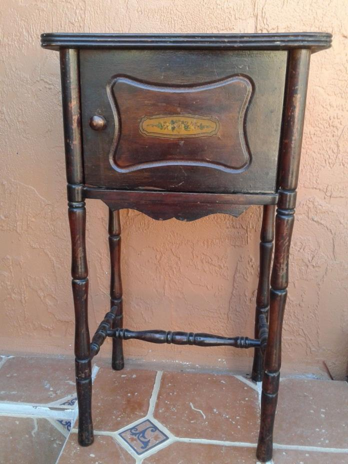 Cushman Furniture Vermont Early 1900s Cigar/Smoking Stand Copper Lined Humidor