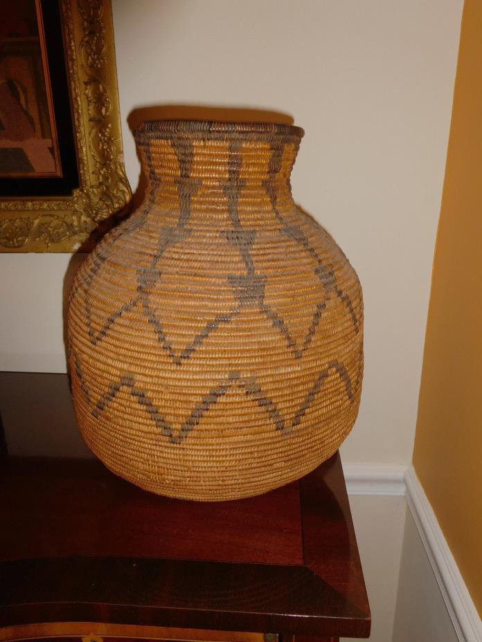 Antique Apache olla Basket American Indian Native Wonderful Piece